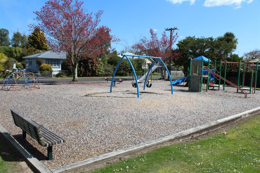 Good Street reserve playground