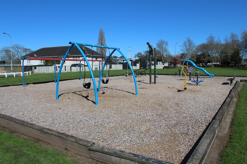 Huntly West Domain playground