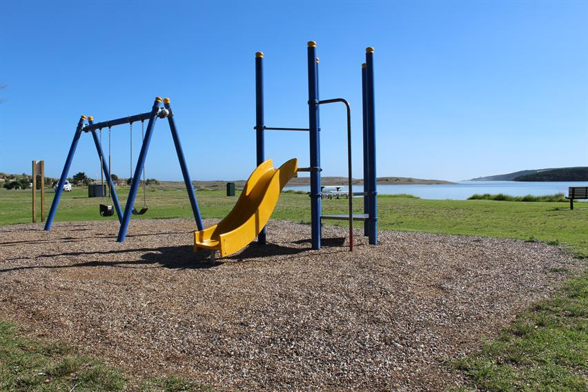 Port Waikato - Maraetai Bay playground